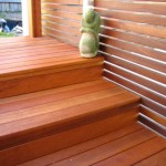 fence-horizontal-slats-and-deck-stairs