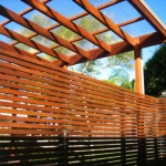 fence-horizontal-slats-and-roof-polycarbonate