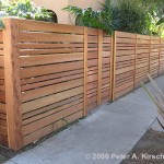 fence-horizontal-slats-redwood-variable-widths